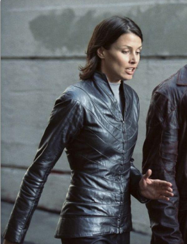 Bridget Moynahan I Robot Black Leather Jacket