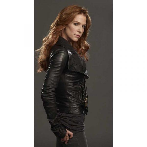 Unforgettable Black Biker Carrie Wells Leather Jacket
