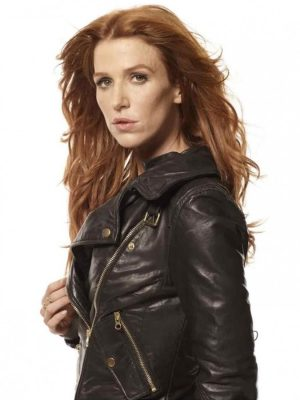 Carrie Wells Unforgettable Leather Jacket-4170