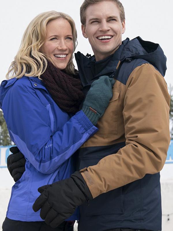 Amazing Winter Romance Jessy Schram Blue Jacket