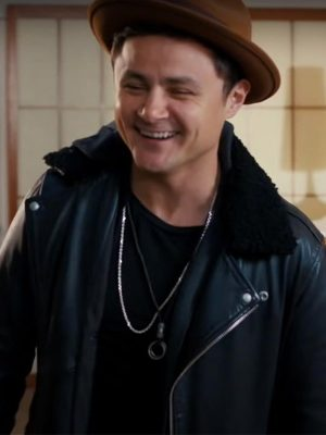Arturo Castro Dating and New York 2021 Black Shearling Leather Jacket