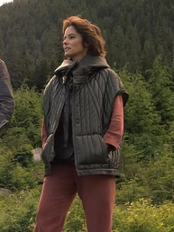 Dr Zachary Smith Parker Posey Lost in Space 2018 Quilted Hooded Jacket